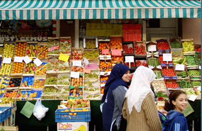 Muslim networks intro women market 10-09-13