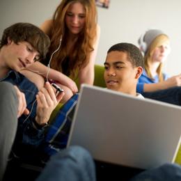 PI_13.05.01_Teens-Privacy_260x260