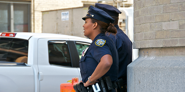 A New York Police Department officer near Ground Zero in Manhattan in 2011. (iStock.com)